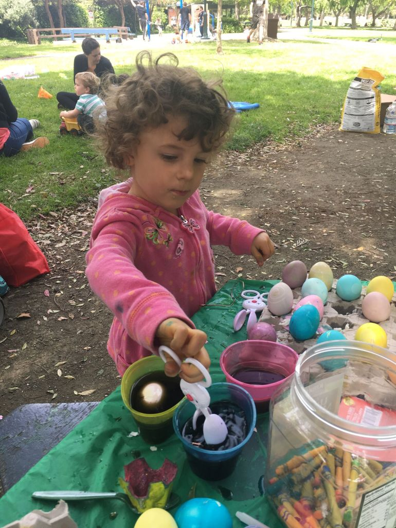 colora uova