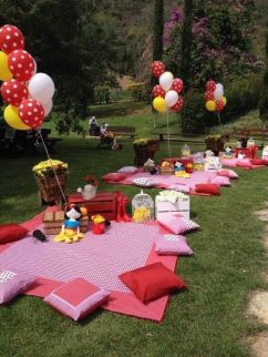 0b462fd9ebd31c4dd75883827cd28a32-picnic-party-time